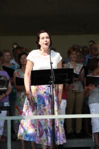 Margaret Roest - Solist